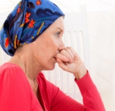 نشانه های سرطان سینه چیست ؟ راههای درمان سرطان سینه در طب سنتی و طب مدرن