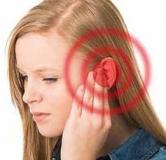 علت صدای وزوز گوش و روش های درمان آن در خانه