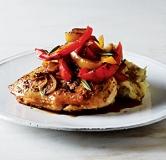 مرغ سرخ شده به همراه فلفل بالزامیک
